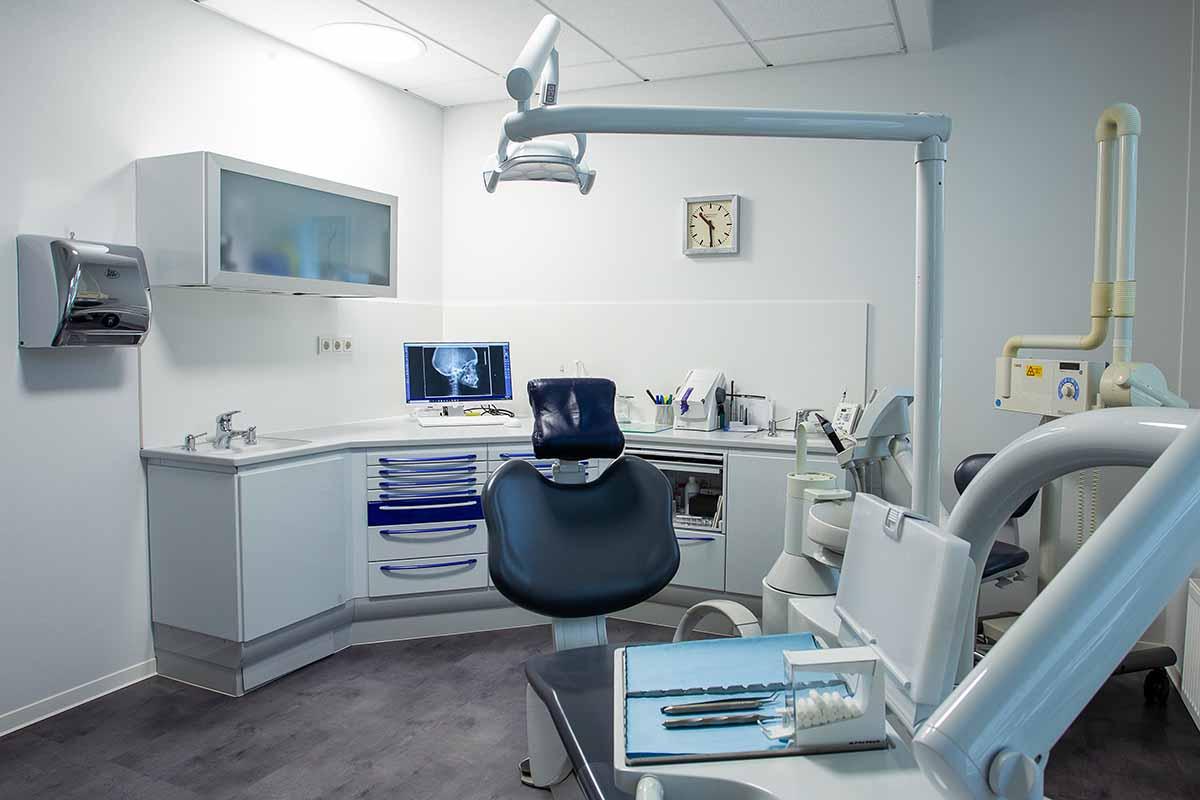 Zahnersatz und Teilprothetik